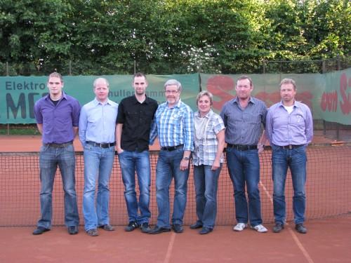 Die Namen von links nach rechts:Sebastian Bothe, Stephan Redeker, Thorsten Bothe, Ludger Bothe, Maria Schulte, Hermann Campen und Werner Rühlmann.